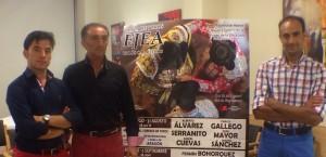 Imanol Sánchez, Pepe Mayor y Alberto Alvarez en Ejea